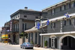 Pet-friendly hotel French quarter suites in New Orleans, LA